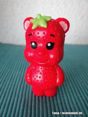 2017 Dreamtopia - Sweetville Strawberry Bear DVM81