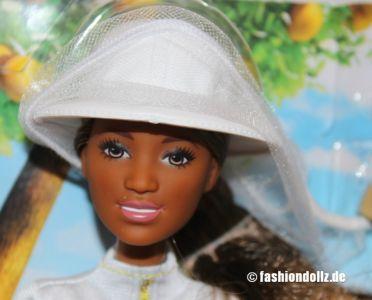 2018 Barbie Careers - Beekeeper AA FRX32