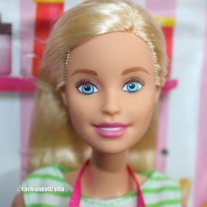 2018 Café Barbie & Ken FHP64