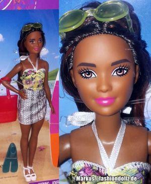 2018 Pink Passport Surfer Barbie Set FNY92 (Petite)