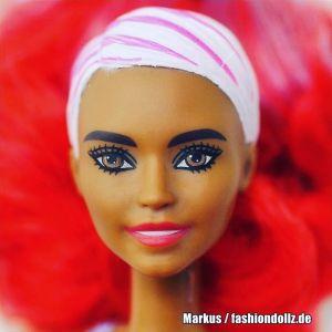 2020 Color Reveal Wave 2 Barbie - Eats 'n Treats - Nachos