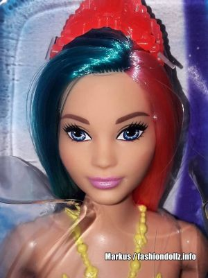 2020 Dreamtopia Surprise Mermaid Barbie GJK11