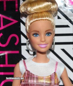 2020 Fashionistas Barbie #142 GHW56