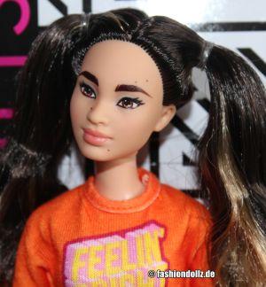 2020 Fashionistas Barbie #145 GHW59 (Petite)