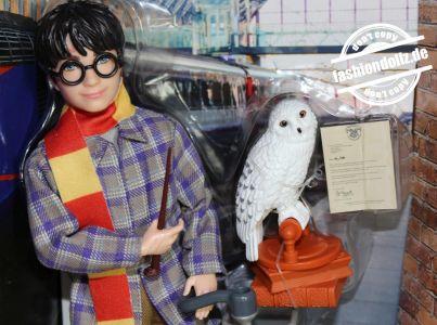 2021 Harry Potter - Platform 9 3/4 Hogwarts Express # GXW31