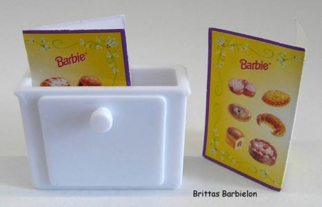 Barbie Bake Shop And Café #67316 (Mattel, 1999) #38