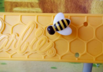 2018 Barbie Careers - Beekeeper / Imkerin FRM17, AA FRX32
