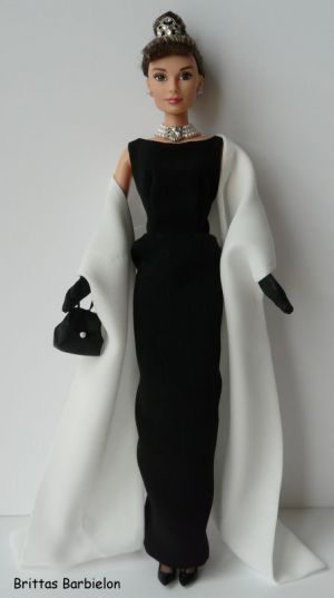 Breakfast at Tiffany's - Black Evening Gown Bild #08