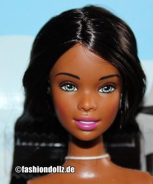 2004 City Style Barbie AA C6342