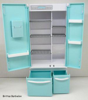 Deluxe Möbel - Kühlschrank und Servierwagen Mattel 2006 Bild #14