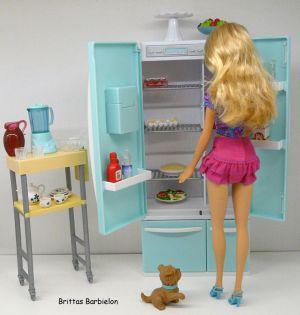 Deluxe Möbel - Kühlschrank und Servierwagen Mattel 2006 Bild #21