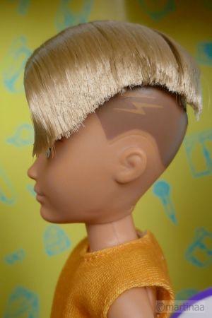 Mattel Creatable World Kid Charakter 414, Starter Pack cs-414