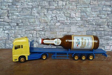 Mini Werbetruck mit Bierflasche (etwas groß)