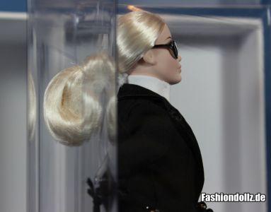 Mit Brille - Karl Lagerfeld Barbie 2014 02
