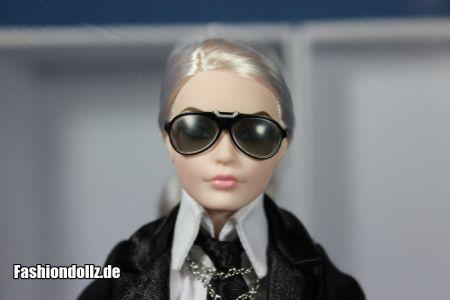 Mit Brille - Karl Lagerfeld Barbie 2014 06