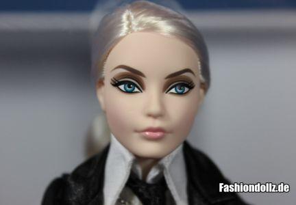 Ohne Brille - Karl Lagerfeld Barbie 2014 02