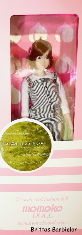 Skip to the Sunlight through the trees Momoko Doll Sekiguchi Bild #01