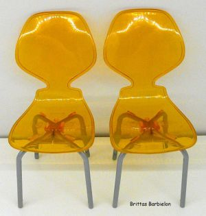 Tische und Stühle von Mattel Bild #026