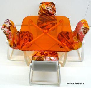 Tische und Stühle von Mattel Bild #072