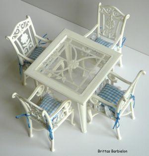 Tische und Stühle von Mattel Bild #094