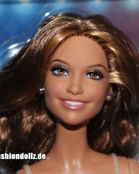 2013 Jennifer Lopez Barbie World Tour