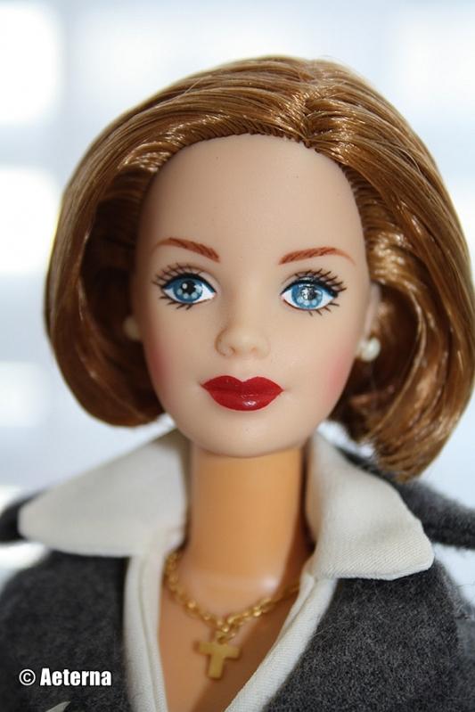 Barbie 25th Anniversary X-Files Agent Dana Scully NUDE
