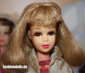 1966 Francie ashblonde