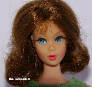 1969 Marlo Flip Barbie, brunette #1160