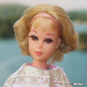 1970 Twist and Turn Francie, blonde, Short Flip #1170