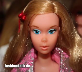 1975 Free Moving Barbie #7270