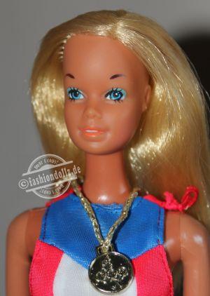 1975 Gold Medal Barbie #7233