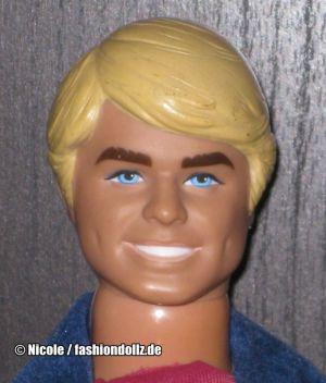 1978 SuperStar Ken #2211 (2)