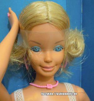 1979 SuperSize SuperHair (growing hair) Barbie #2844