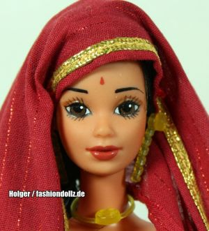 1982 Dolls of the World - India Barbie  #3897