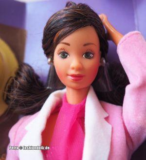 1985 Day-to-Night / City Barbie, Hispanic  #7944