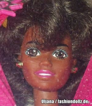 1990 Happy Holidays Barbie #4543 Special Edition