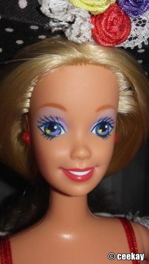 1992 Teen Talk Barbie, blonde - black hat