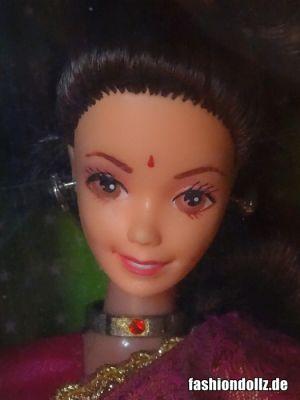 1993 Barbie in India #9910, Leo Mattel