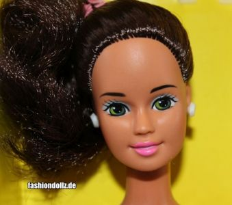 1993 Fun to Dress / Zieh-mich-an Barbie, brunette #2763