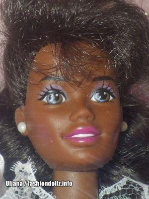 1993 Romantic Bride Barbie AA #11054