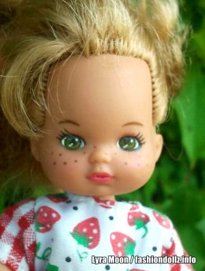 1994 Barbie Li'l Friends (picnic basket) #11853