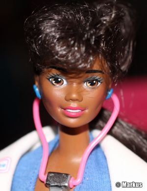 1995 Dr. Barbie AA #11814