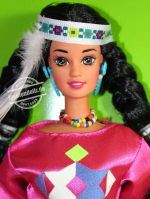 1995 Dolls of the World - Native American Barbie 3rd Edition #12699