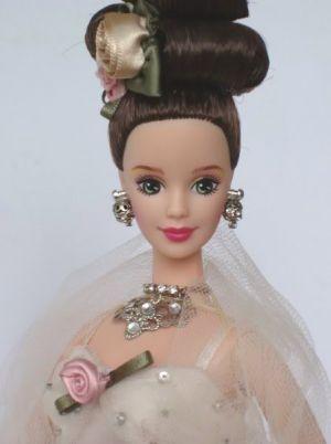 1996 FAO Schwarz Floral Signature - Antique Rose Barbie #15814