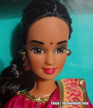 1996 Dolls of the World - Indian Barbie 2nd Edition #14451