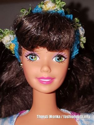 1997 Spring Petals Barbie, brunette - Avon Exclusive