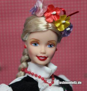 1998 Dolls of the World - Polish Barbie #18560