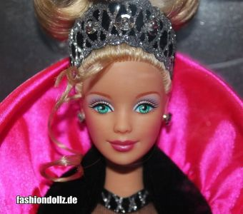 1998 Happy Holidays Barbie #20200 Special Edition