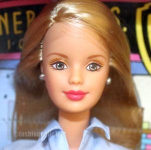 1999 Barbie Loves Tweety #21632 Special Edition