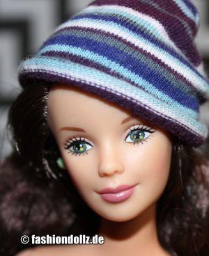 1999 Corduroy Cool Barbie, brunette #24659